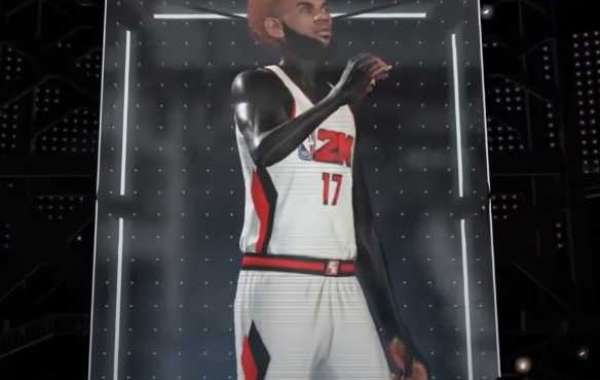 There are a number of new features in NBA 2K21 MyTeam Season 6, including Radiant Packs and Mystery Player Card Rewards